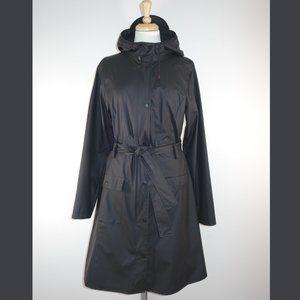 Rains Curve Jacket Rain Coat in black - Size S/M